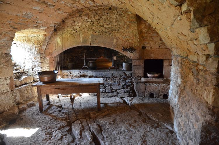 ancienne cuisine | Château de Couanac